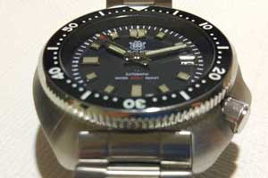 relojes automaticos steeldive 6105 homage